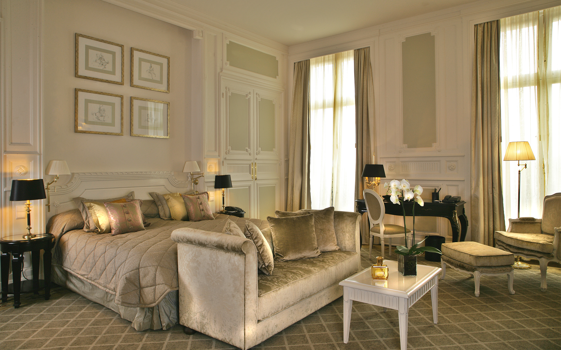 467/import-from-v1/images/Chambres/Chambre Royale/Chambre-Royale-2.jpg